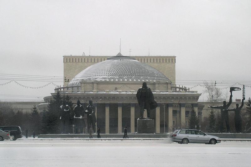 Зимний Новосибирск из окна автомобиля